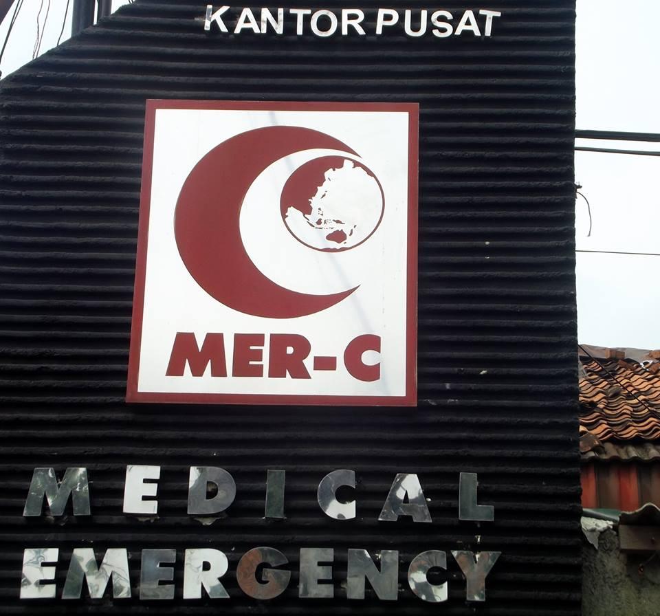 MER-C KUTUK KERAS  SERANGAN KE RS INDONESIA