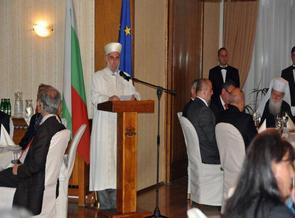 PRESIDEN BULGARIA BUKBER DENGAN KOMUNITAS MUSLIM