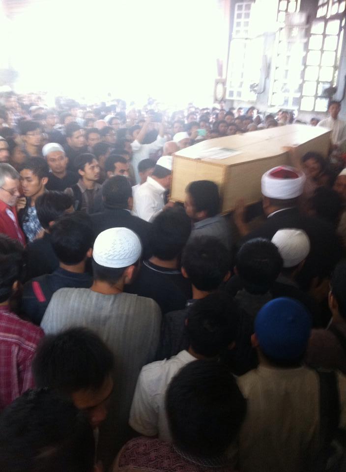 JENAZAH MAHASISWI DI KAIRO DIPULANGKAN KE INDONESIA
