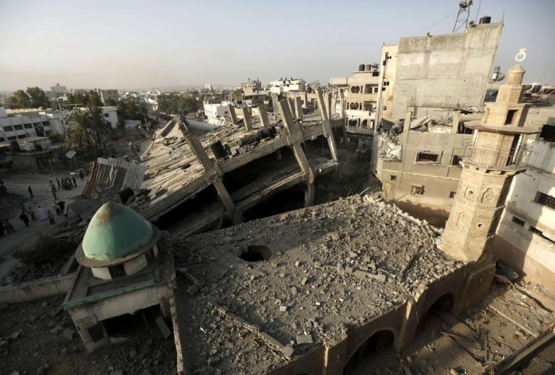 SEPERTIGA MASJID DI GAZA HANCUR AKIBAT SERANGAN ISRAEL