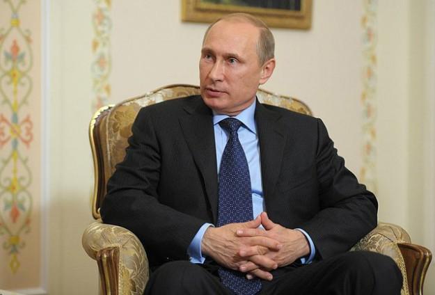 PRESIDEN RUSIA DAN UKRAINA BAHAS GENCATAN SENJATA