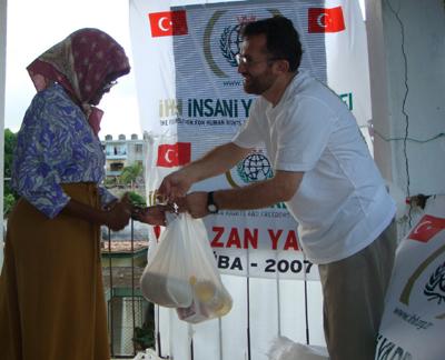 Turki Distribusikan Kurban Untuk 9000 Keluarga Gaza