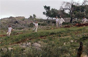PEMUKIM ISRAEL DAN PETANI PALESTINA BENTROK DEKAT NABLUS