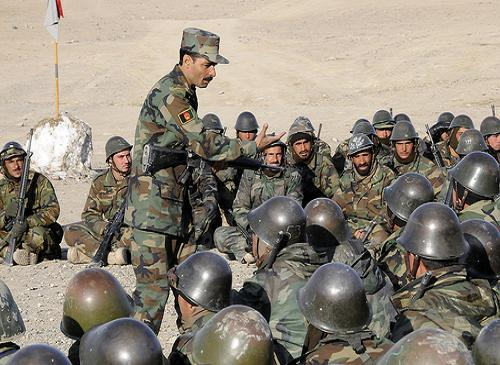 PASUKAN AFGHANISTAN COBA BEBASKAN 16 POLISI YANG DITANGKAP TALIBAN