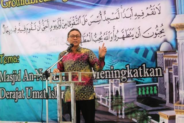Ketua MPR Zulkifli Hasan Biasa Baca Al-Quran Dua Juz Perhari