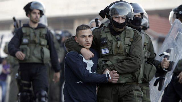 MILITER ISRAEL TANGKAP 21 AKTIVIS HAMAS DI TEPI BARAT