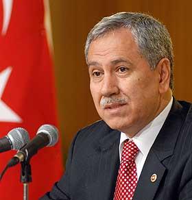 TURKI INGINKAN HUBUNGAN BAIK DENGAN SEMUA NEGARA TETANGGA