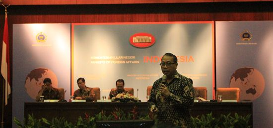 INDONESIA HARUS MANFAATKAN PELUANG PASAR BEBAS 2015