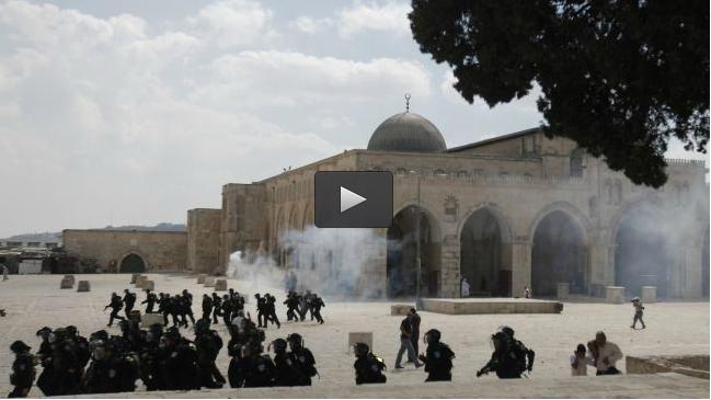 13.757 PEMUKIM ILEGAL ISRAEL SERBU AL-AQSA SELAMA 2014