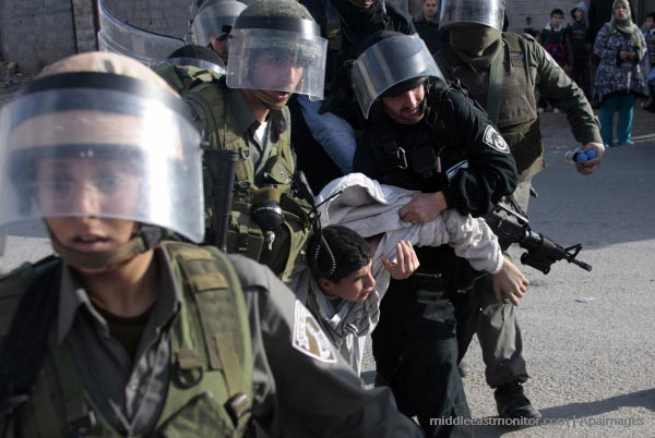 308.000 WARGA PALESTINA DI TAHAN ISRAEL SEJAK INTIFADA PERTAMA