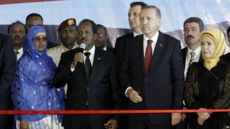 PRESIDEN TURKI KE SOMALIA TINGKATKAN BANTUAN