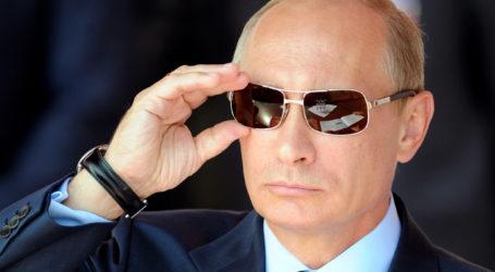 PRESIDEN RUSIA PUJI KEBERHASILAN ANEKSASI CRIMEA