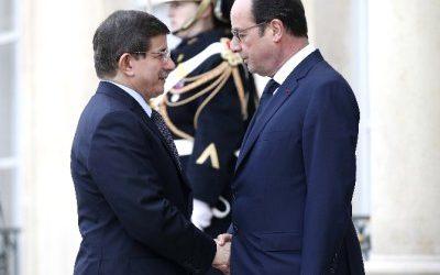 PM TURKI: AKSI SOLIDARITAS DI PARIS JUGA HARUS DILAKUKAN UNTUK ISLAMOPHOBIA