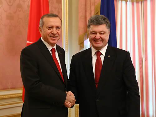 ERDOGAN DESAK UKRANIA LINDUNGI TATAR MUSLIM KRIMEA