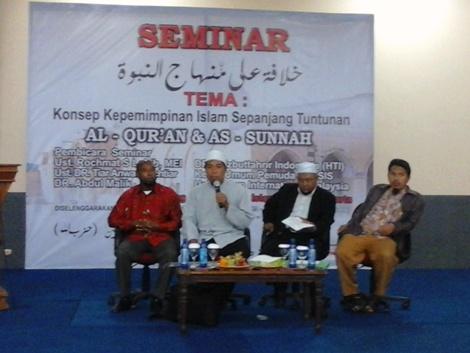 R.S. LABIB : UMAT ISLAM WAJIB TEGAKKAN KHILAFAH