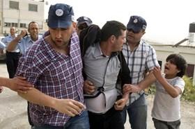 ISRAEL LAKUKAN PENANGKAPAN BESAR-BESARAN DI TEPI BARAT