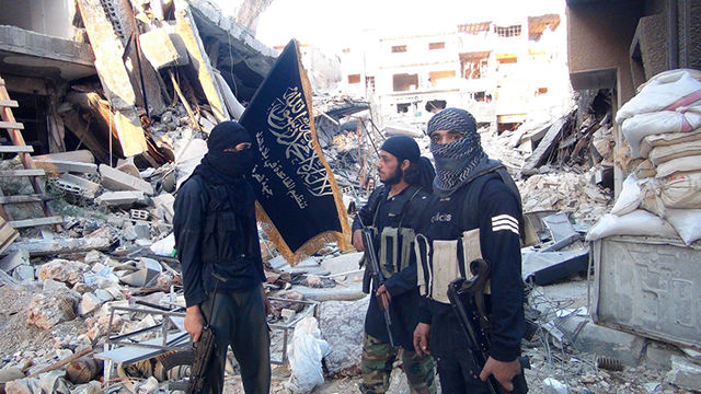 ISIS REBUT SEBAGIAN KAMP YARMOUK DAMASKUS