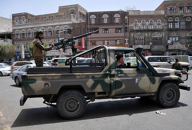 Houthi Yaman Klaim Serangan Drone di Bandara Saudi