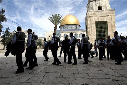 ISRAEL HUKUM PENJARA YANG PROTES TUR PROVOKATIF YAHUDI DI MASJID AL-AQSHA