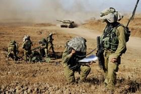 TENTARA ISRAEL KIBARKAN BENDERA HAMAS DALAM PELATIHAN