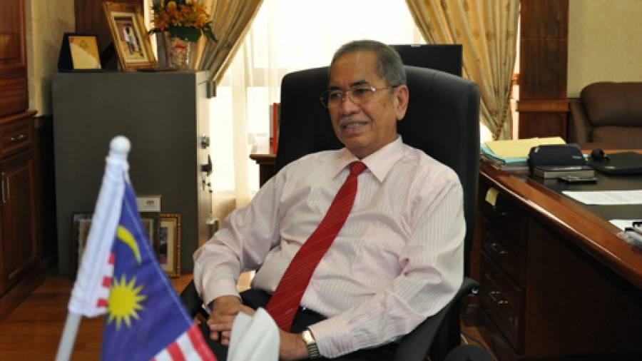 MALAYSIA SANGKAL WARGANYA TERLIBAT PERDAGANGAN MANUSIA