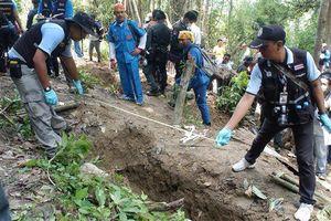 SUMBER: MASIH ADA KAMP PEDAGANG MANUSIA THAILAND LAINNYA