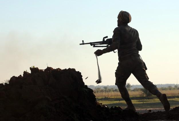 3.000 MILISI SYIAH SIAP LAWAN ISIS DI RAMADI