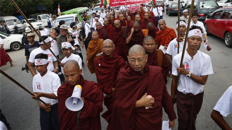 BIKSU THAILAND DUKUNG PROGRAM ANTI-MUSLIM DI MYANMAR