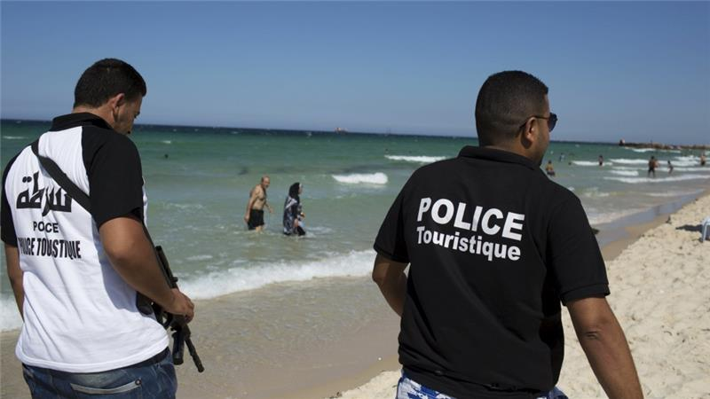 "PRESIDEN TUNISIA UMUMKAN NEGARA DALAM ""KEADAAN PERANG"""