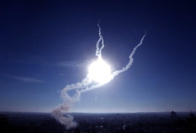 DUA ROKET SERANG ISRAEL SELATAN
