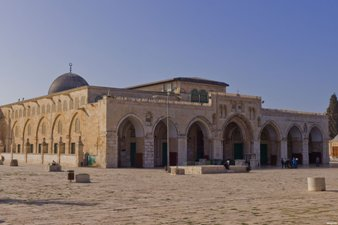 Israel Larang Warga Tepi Barat Shalat Jumat di Masjid Al-Aqsa