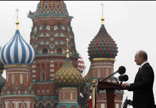 RUSIA PERINGATKAN ISRAEL TAK PASOK SENJATA KE UKRAINA