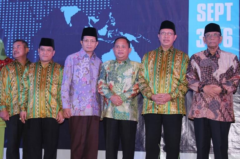 DEKLARASI MANADO UNTUK INDONESIA DAMAI DI AICIS 2015