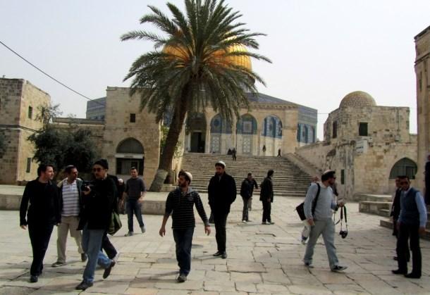 ISRAEL BERENCANA SERBU AL-AQSHA DENGAN CARA BERBEDA