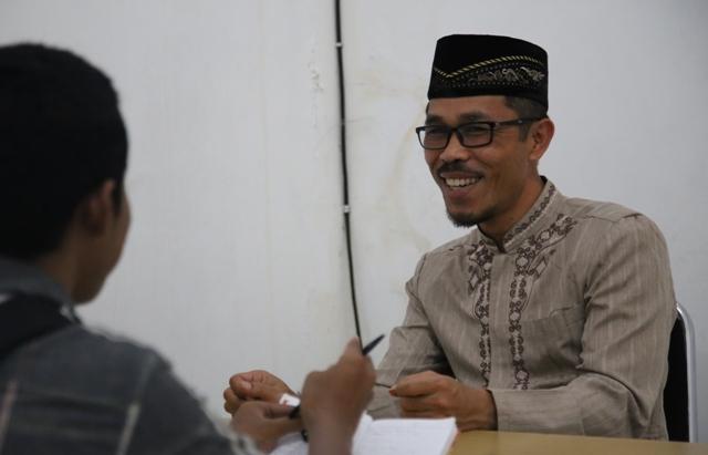 AL-QUR'AN SOLUSI PECAHKAN MASALAH UMAT MANUSIA