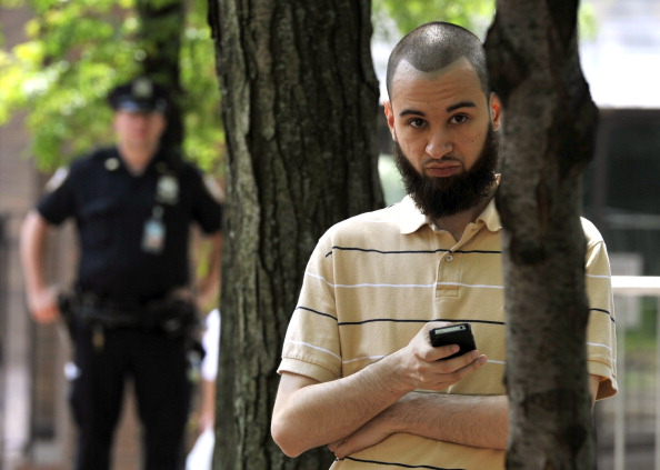 KENAPA MUSLIM SELALU DIANGGAP TERORIS?