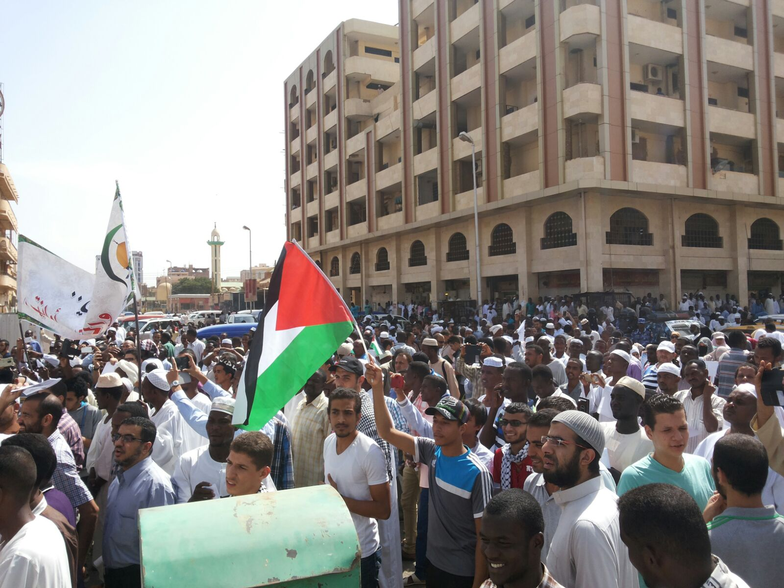 PELAJAR PALESTINA DAN MASYARAKAT SUDAN ADAKAN LONGMARCH BELA AL AQSHA