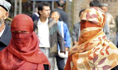 PEMERINTAH CHINA GERUS PENGARUH ISLAM DI XINJIANG