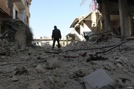 SEKURANGNYA 28 ORANG TEWAS AKIBAT SERANGAN UDARA DI KUBU OPOSISI SURIAH