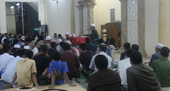 Jama'ah Muslimin (Hizbullah) Adakan Kuliah Umum Media Islam di Cileungi