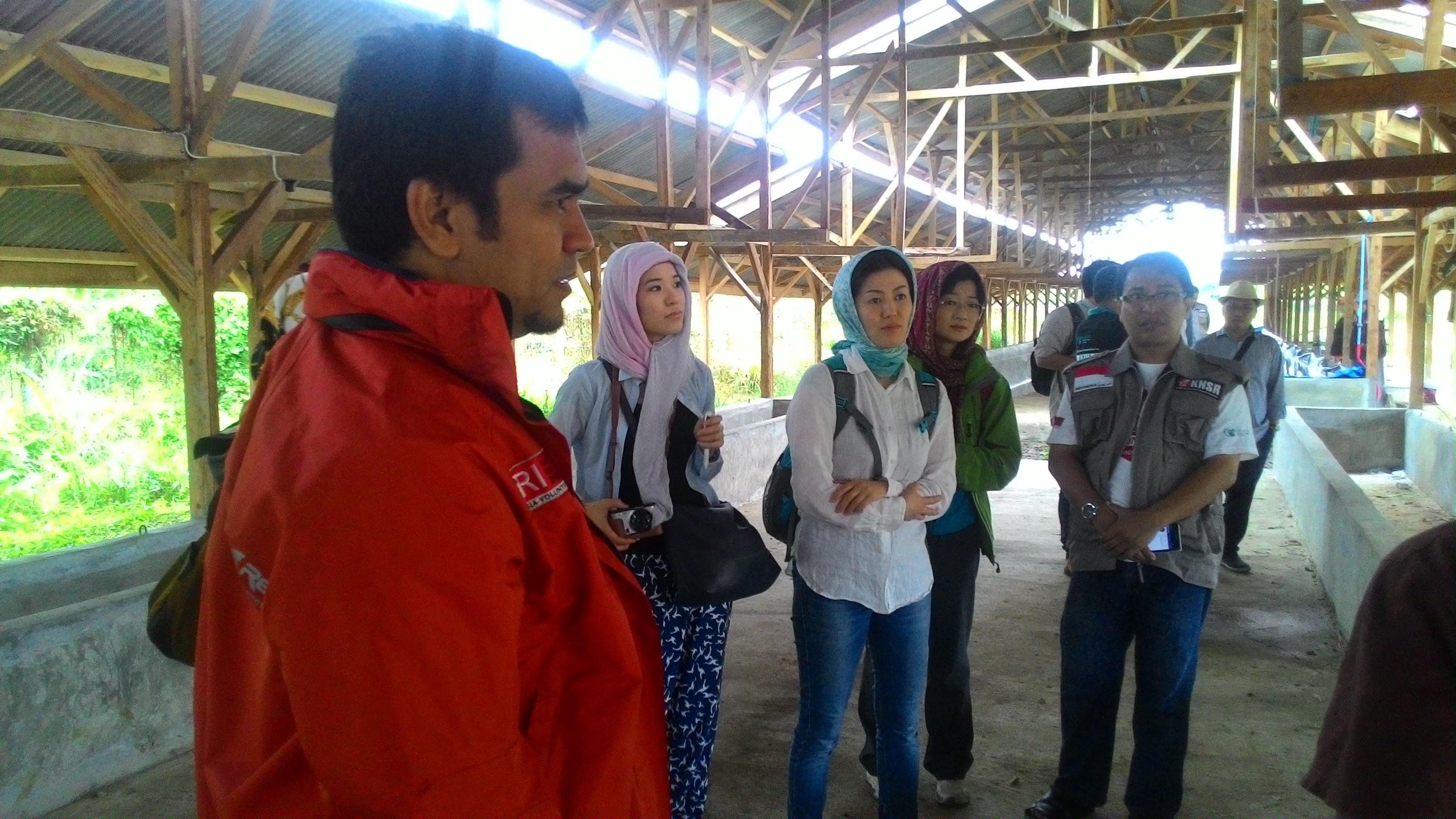 Tiga Peneliti Jepang Kunjungi Pengungsi Rohingya di Aceh Utara