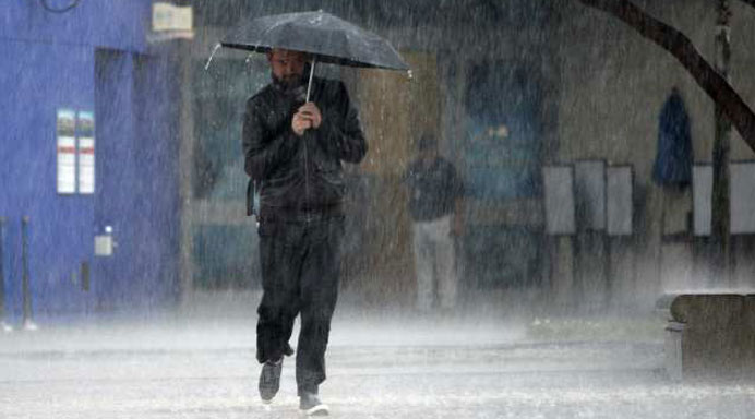 BNPB Imbau Masyarakat Waspada Hujan Sedang Hingga Lebat di Jabodetabek