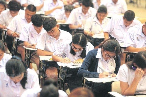 Siswa Thailand Alami Kegagalan Ujian Nasional yang Tinggi