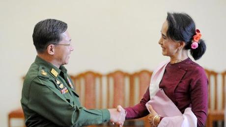 Panglima Militer Myanmar Berjanji Jaga Demokrasi
