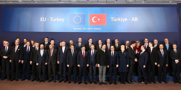 Turki-Uni Eropa Capai Kesepakatan untuk Bendung Pengungsi