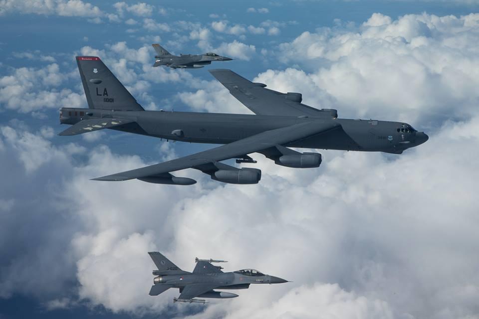 Perangi ISIS, AS Kirim Pesawat Pengebom B-52 ke Qatar