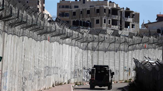 Israel Lanjutkan Pembangunan Dinding Apartheid