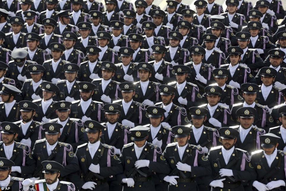 Tiga Pejabat Militer Senior Iran Tewas di Suriah