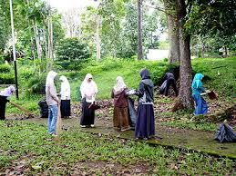 Jadikan Muslim Identik dengan Kebersihan