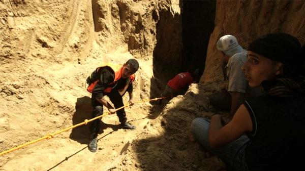 Tim Medis Palestina Selamatkan Tujuh Pekerja Gaza Terjebak Dalam Terowongan Rafah